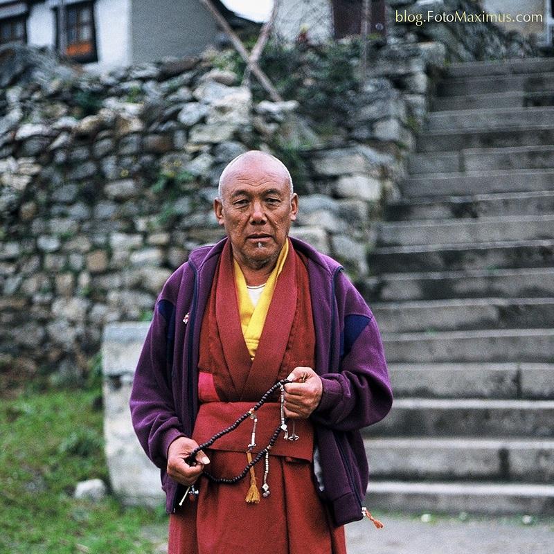 tn_Lama klasztoru w Periche